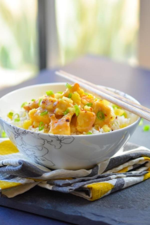 Vegan Chinese Pineapple Tofu Bowl Recipe - ChefDeHome.com