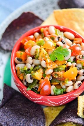 Roasted Poblano and Black-Eyed Peas Salsa Recipe - ChefDeHome.com