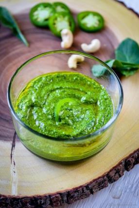 How To Make Spicy Arugula Pesto Recipe -ChefDeHome.com