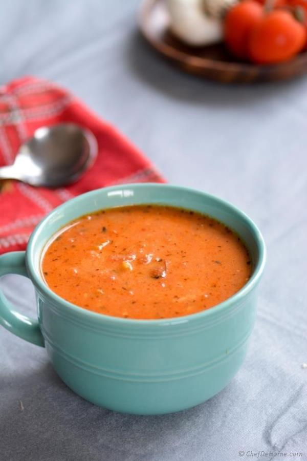 Roasted Garlic and Tomatoes Soup Recipe - ChefDeHome.com