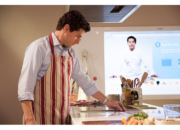 Microsoft unveils hands-on center for futuristic tech. Anyone can be a chef.
