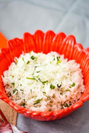 Easy Cilantro Lime Rice Recipe -ChefDeHome.com