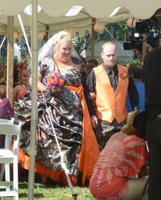 Honey Boo Boo''s mom June got married to Sugar Bear