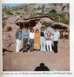 Main star cast of sholay except Jaya Bhaduri with Ramesh Sippy