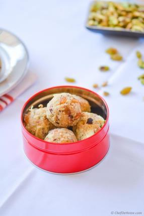 Indian Sweet Rava (Semolina) Ladoo Recipe - ChefDeHome.com