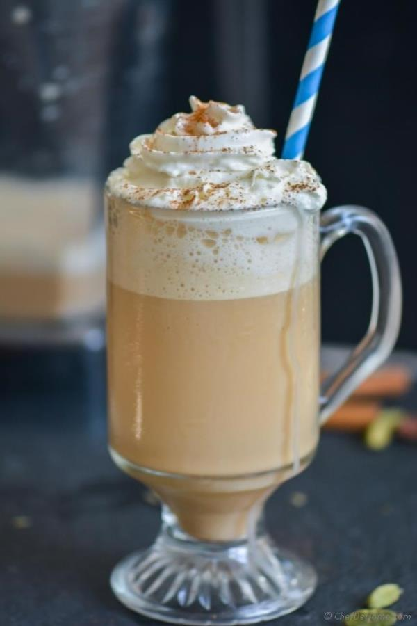 Chai Tea Frappuccino -  spiced iced chai tea, perfect to sip on a hot summer day!