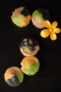 Rainbow cupcakes by thebravecook.blogspot.com