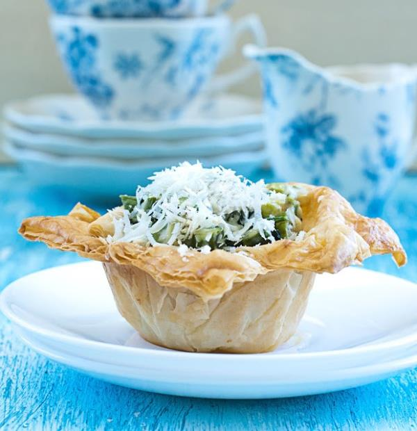 Excellent way to use Puff Pastry for a side dish