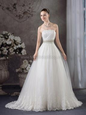 Princess Strapless Tulle Court Train Lace Wedding Dresses