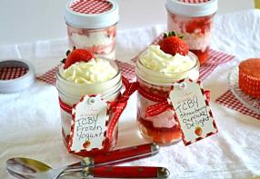 Strawberry cupcakes in a Jar
