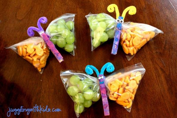 little butterflies are adorable way to tempt your kids to feed on these healthy snacks.