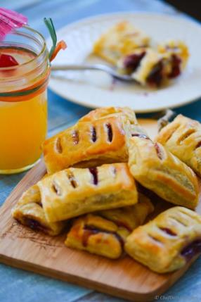 Petite Pastry Bites with Blueberry and Homemade Sour Grapes Preserve Recipe - ChefDeHome.com