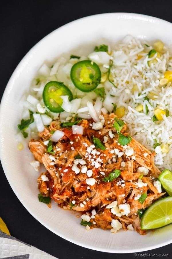 Slow Cooker Mexican Chicken Tinga Recipe - ChefDeHome.com