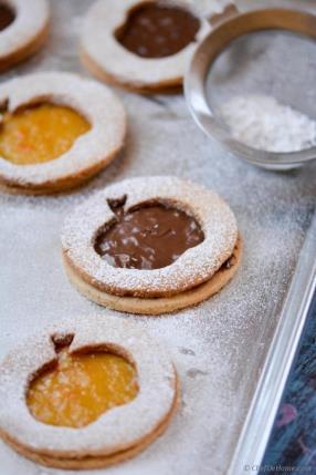 Hazelnut-Almond Big Apple Linzer Cookies Recipe - ChefDeHome.com