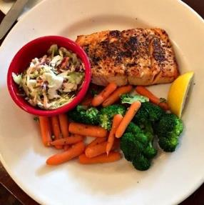 This Lemon Pepper Grilled Atlantic Salmon Fillet meal was very delicious, full of vitamins and low in calories.